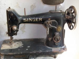 Macchina da cucire singer la giara for Pedale macchina da cucire singer